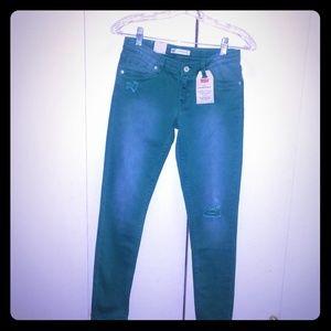 NWT Girl's 14 Levi skinny jeans